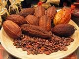 """083 - (1535) El cronista Gonzalo Fernández de Oviedo se interesa por el cacao, lo menciona en sus escritos, publica su obra """"Historia General y Natural de las Indias"""""""